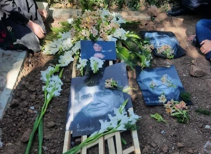 آرامگاه شجریان پس از ۷۸ روز همچنان بدون سنگ و نشان+ عکس