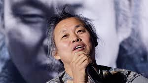 کیم کی دوک کارگردان سرشناس کرهای بر اثر ابتلا به کرونا درگذشت+ بیوگرافی و فیلم شناسی کامل