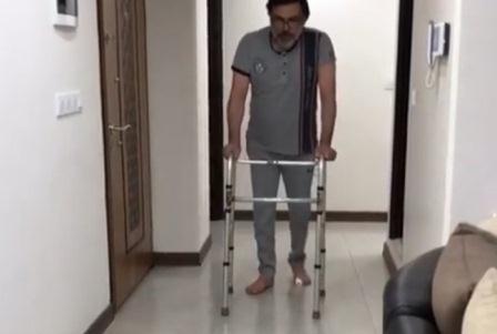 نعیمه نظام دوست از بهبود وضعیت رضا ایرانمنش بعد از اینکه از کما خارج شده و هم اکنون که در کرمان زندگی می کند خبر داد.