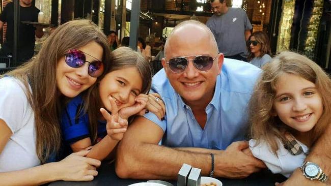 شوهر نانسی عجرم به قتل محکوم شد؛ ماجرای قتل سارق سوری با ۱۱ گلوله + عکس ها