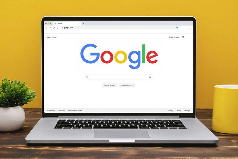 دانستن برخی ترفندهای مفید گوگل ، شما را زودتر و بهتر به نتیجه دلخواه میرساند.